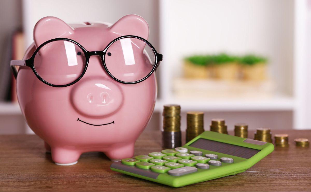Отпуск без оплаты работающим пенсионерам